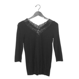WOLFORD LACE BLOUSE.